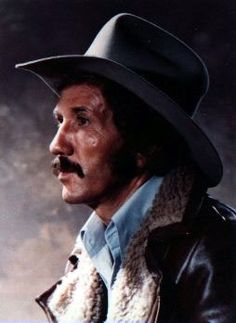 Marty Robbins---The man with the WOW voice♥ Best Picture For Music Artists hip hop For Your Taste You are looking for something, and it is going to tell you exactly what you are looking for, and you d Old Country Music, Outlaw Country, Country Music Artists, Country Music Stars, Country Men, Country Singers, Classic Country Artists, Marty Robbins, Music Guitar