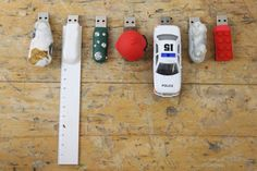 Create awesome USB keys with sugru and random objects #reuse #upcycle #customize