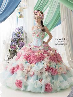 Stella de Libero Wedding Dresses — The Lilac Bridal Collection. Stunning Dresses, Pretty Dresses, Bridal Gowns, Wedding Gowns, Wedding Cake, Queen Wedding Dress, Fantasy Gowns, Gown Pattern, Fairytale Dress