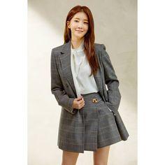 Jung In, Inspirational Quotes For Women, Korean Celebrities, Korean Actresses, Beautiful Asian Girls, Korean Beauty, Woman Quotes, Heaven, Model