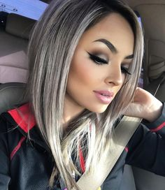 d919a9896643c9bd818da1948e905f1f--ash-grey-hair-long-bob-grey-hair.jpg (736×851)