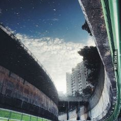 Turn the picture upside down.