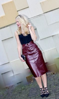 High waisted belted maroon leather skirt