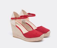 Chaussures à talon compensé croûte de cuir - OYSHO