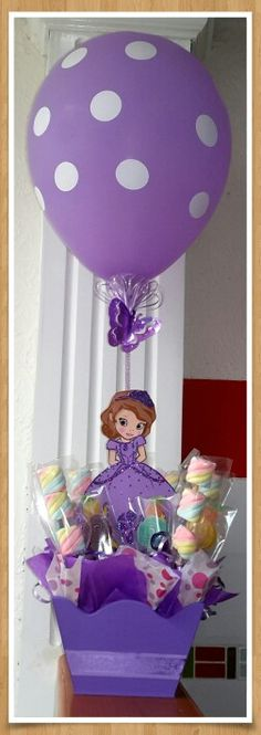 Risultati immagini per centros de mesa da princesa sofia Princess Sofia Birthday, Sofia The First Birthday Party, 1st Birthday Girls, 3rd Birthday Parties, Princess Party, Princesa Sophia, Birthday Decorations, First Birthdays, Balloons