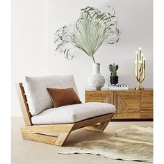 Ideas wood pallet home decor patio Diy Furniture Couch, Diy Chair, Rustic Furniture, Living Room Furniture, Modern Furniture, Furniture Design, Furniture Stores, Chair Design, Antique Furniture