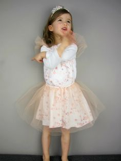 cd08d52b7 Princess dress (Carnival/Halloween) which can be downgraded to a regular  dress.