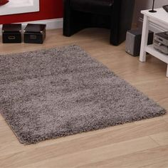 "Shaggy Rug Grey Silver 963 Plain 5cm Thick Soft Pile 60cm x 110cm (2ft x 3ft 7"") Modern 100% Berclon Twist Fibre Non-Shed Polyproylene Heat Set - AVAILABLE IN 6 SIZES by Quality Linen and Towels Quality Linen and Towels http://www.amazon.co.uk/dp/B00BMTEXZQ/ref=cm_sw_r_pi_dp_zR25vb1ZQT780"