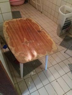 Vanha pöytä ennen...