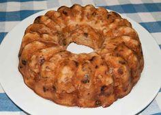 Elmalı Şekersiz Kek  -  Fatoş Toledo #yemekmutfak.com Şeker yerine sadece kuru meyveler ve elma kullanılarak yapılan son derece sağlıklı ve lezzetli bir tarif. Çocuklar faydalı mineraller içeren bu keki iştahla yiyeceklerdir.