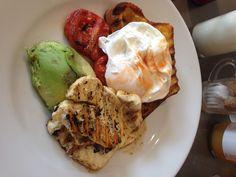Avocado, halloumi and corn bread with egg from Milll Kitchen, Farsley, Leeds Farm Shop, Halloumi, Top Recipes, Grubs, Leeds, Eating Habits, Yorkshire, Cornbread, Avocado