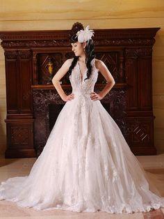 BallGown Halter Tulle Sweep Train Champagne Appliques Wedding Dress Shop uk