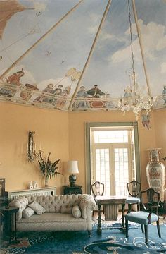 Chinoiserie Chic: The Chinoiserie Murals of Michael Dillon