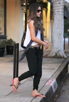 Kate-Beckinsale-Feet-1588932.jpg (2034×3000)