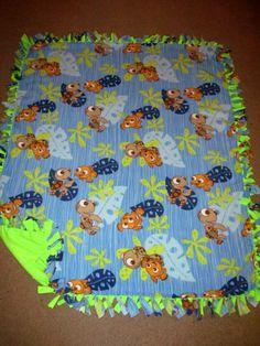 Finding Nemo w/ Lime Neon back Fleece Tie Blanket