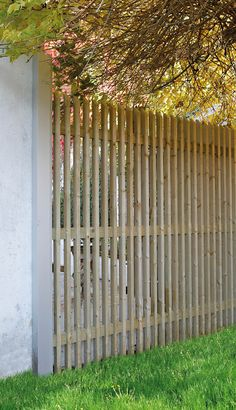 Front Yard Design, Front Yard Fence, Diy Fence, Fence Landscaping, Modern Fence Design, Privacy Fence Designs, House Gate Design, Alfresco Area, Outdoor Retreat