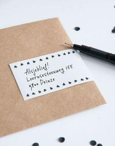 Kraft envelop met adres label (c)Alsjeblief.be