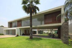 Imagen 3 de 35 de la galería de Casa La Planicie II / Oscar Gonzalez Moix. Fotografía de Juan Solano Ojasi