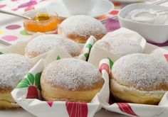 Krapfen - Grundrezept from Austria! Almost German --find this recipe and the best German recipes @ www. in English Read Recipe by Austrian Desserts, German Desserts, Austrian Recipes, Köstliche Desserts, Delicious Desserts, Dessert Recipes, Austrian Food, Dutch Recipes, Donut Recipes
