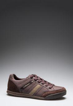 Head  Man Bronx Brown Sport Shoes    95,90 лв.  52,90 лв.    Head  Описание на продукта:  Спортни обувки в кафяво с характеристики:  - апликации от велур  - стабилна подметка  - объл връх  - връзки.     Състав:  Външна част: синтетик, кожа  Вътрешна част: кожа   Подметка: синтетик    Размери на външната подметка:  Номер 41  Дължина: 29 см  Ширина: 10 см  Размерите са приблизителни.     Код на продукта:  LS-033-122