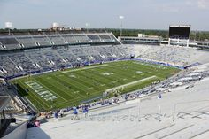Commonwealth Stadium, University of Kentucky - Photo Gallery This stadium gallery comes to you courtesy of College Football America editor-in-chief Matthew Postins. When constructed in 1973, Common...