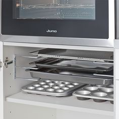 Baking sheet holder - Küchen - Ideen - Home Sweet Home Kitchen Interior, New Kitchen, Kitchen Decor, Kitchen Ideas, Home Organisation, Cuisines Design, Küchen Design, Kitchen Storage, Ikea Kitchen Organization