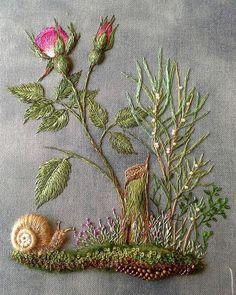 Hand Embroidery Stitches, Silk Ribbon Embroidery, Crewel Embroidery, Embroidery Techniques, Cross Stitch Embroidery, Machine Embroidery, Embroidery Blanks, Bordado Floral, Creative Embroidery