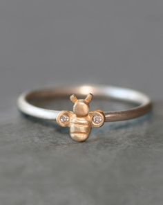 Little Bumble Bee Ring