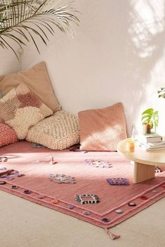 22 meditation rooms that inspire you to create your oasis of calm in your house - best decoration ideas - 22 meditation rooms that inspire you to create your oasis of calm in your house – best decoration - Meditation Corner, Meditation Rooms, Zen Meditation, Pillow Corner, Pillow Set, Living Room Decor, Bedroom Decor, Girls Bedroom, Bedroom Ideas