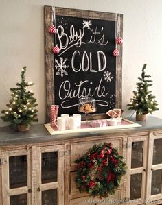 Five Ways to Decorate With Wreaths / This rustic chalkboard is adorable!