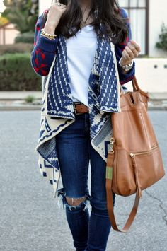 Tribal Cardigan With White Shirt And Casual Shirt. not the tribal, but the style of cardigan looks really comfy! Fall Winter Outfits, Autumn Winter Fashion, Winter Style, Summer Outfits, Style Summer, Winter Wear, Looks Style, Style Me, Tribal Cardigan