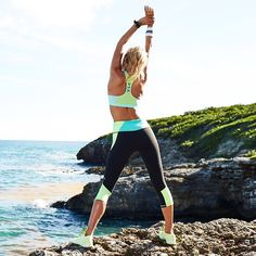Running, boxing, sightseeing—this max-support sport bra is up for anything. | Incredible by Victoria's Secret Sport Bra