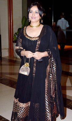 divya dutta in long black anarkali salwar kameez Divya Dutta, Black Anarkali, Bollywood Dress, Bollywood Fashion, Manoj Kumar, Indian Outfits, Indian Clothes, Latest Pics, Looking Stunning