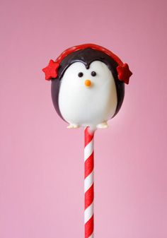 Cute penguin cake pop