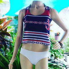 Linda combinação !! Cropped náutica + biquíni!!! Vem na hibisco vem !! #fds #sabado #praiahibisco #praia #sol #mas #euvistohibisco #vistahibiscovctbm .