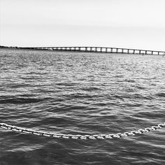 #bridge #bw #bnw #blackandwhite #blackandwhitephotography #blackwhitephotography #monochrome #ig_bw #minimalist #minimal #textures