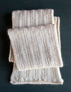 Jasmine Scarf – a free knitting pattern by Purl Soho.