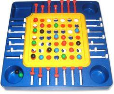 Pièges , j'ai joué à ce jouet pendant des années et j'avais perdu aucune bille !!! c'est trop bien ce jeu !!!! je l'ai plus c'est dommage ! Polly Pocket, Childhood Toys, Childhood Memories, Vintage Toys, Retro Vintage, Ol Days, 90s Kids, Good Ol, Blog