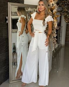 Cute white two piece casual outfit. Casual Wear, Casual Outfits, Fashion Outfits, Womens Fashion, Casual Pants, White Outfits, Summer Outfits, Elegantes Outfit Frau, Mein Style