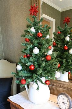 Coastal Charm: Come On In...It's Christmas Time At Coastal Charm