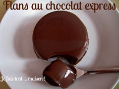 Discover recipes, home ideas, style inspiration and other ideas to try. Chocolate Flan, Chocolate Desserts, Flan Dessert, Agar Agar, Jello Recipes, French Desserts, How To Make Chocolate, Cookies Et Biscuits, Sweet Recipes