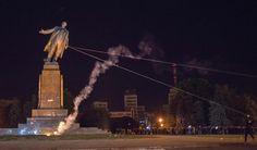 Derribo de la estatua de Lenin - 30 de septiembre de 2014