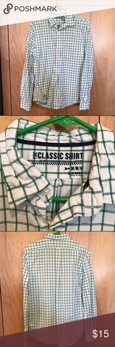 Men's button down shirt - green and white check Long sleeved men's button down shirt, in green and white check. Size medium. Comes from smoke free home. Old Navy Shirts Dress Shirts