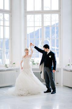 """""""Die Eiskönigin"""" inspirierte Winterhochzeit von ivy"""