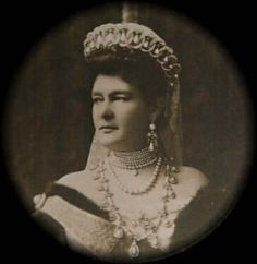 Grand Duchess Maria Pavlovna of Russia wearing the famous Tiara known as 'the Vladimir Tiara' that was bought by Queen Mary, and frequently worn by HM Queen Elizabeth. Princess Alexandra, Princess Elizabeth, Princess Victoria, Queen Victoria, Peter And Paul Cathedral, Queen Wilhelmina, Grand Duc, Elisabeth, Royal Jewelry