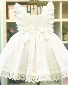 Diy Crafts - ensaioinfantil,mundorosa-✔ Cute Clothes For Kids Dresses candy ensaioinfantil mundorosa Frocks For Girls, Kids Frocks, Dresses Kids Girl, Little Girl Dresses, Frock Design, Baby Dress Design, Little Girl Fashion, Kids Fashion, Boho Fashion