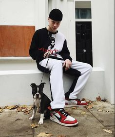 See more on Instagram. Tag @filetlondon for repost. - #filetfamilia #filetlondon #fashionkilla #dailylook #winterfashion #sneakerhead #hypebeast #baddies #lookbookbkk #streetstyle #yeezymafia #hypebae #mwstyle #complex #snkrs #highsnobiety #streetactivity #streetwear #ストリートファッション #dailylook #sneakers #snkrhds #yeezymafia #foot_balla #neonlights #sneakershouts #mwstyles #streetactivity #yzy #sneakercon #ultraboost