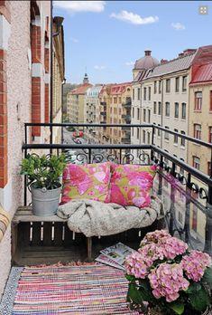 Amazing Home DIY Decor - Balcony Bench
