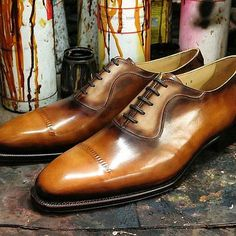 Yea another beautiful pair of shoes by @fugashin_saigon .... #mensshoes #mensfootwear #mensstyle #fugashin #oxfords #dressshoes #patina #shoes #scarpe #zapatos #chaussures #menswear #theshoesnob