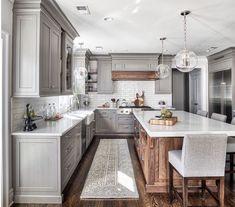 Home Interior White 30 Cheap Budget to Kitchen Makeover for Home Decor Farmhouse Kitchen Decor, Home Decor Kitchen, New Kitchen, Home Kitchens, Kitchen Ideas, Kitchen Redo, Gray Kitchen Cabinets, Awesome Kitchen, Beautiful Kitchen